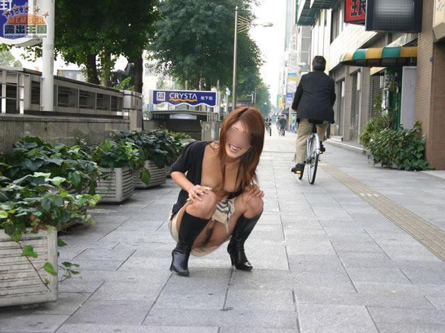 Pretty japanese chick on creampie scene 10